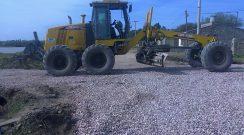 La Municipalidad realiza relleno con tierra y coloca ripio en las calles de la zona oeste de la represa y Calle 9