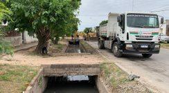 El Municipio realiza  operativos de desmalezado y limpieza de canales