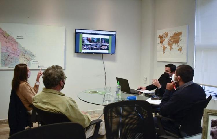 Gobierno y Fundación Rewilding presentaron la escuela taller de turismo de naturaleza El Bermejito